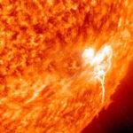 Estudian extraña explosión en el Sol