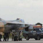 Pilotos libios huyen a Malta