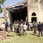 Mueren 11 cristianos en atentado contra iglesia